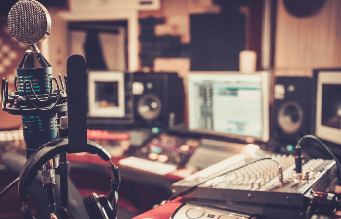 Tips To Choosing the Perfect Voice-Over or Dubbing Artist